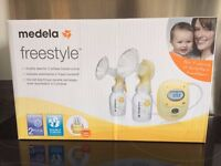 Medela freestyle double breastpump EXCELLENT CONDITION