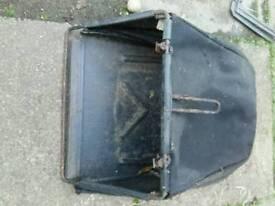 Harry petrol lawnmower grass bag
