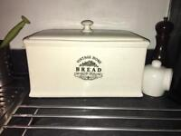 Cream ceramic bread bin