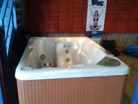 Beachcomber 520 2 person hot tub