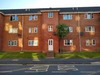 Two bedroom ground floor flat, Main Street Bridgeton. Available NOW - updated photo's