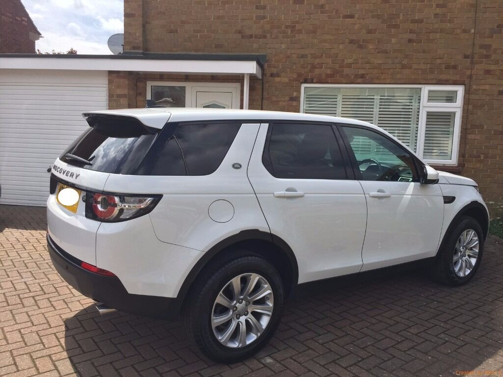 land rover discovery sport 2 0 td4 180hp se tech 5dr white in ipswich suffolk gumtree. Black Bedroom Furniture Sets. Home Design Ideas