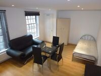 BEAUTIFUL AND HUGE TWIN ROOM TO RENT IN KILBURN - ZONE 2 - JUBILEE LINE