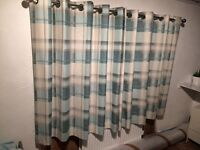 Set pair of curtains