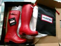 Hunter boots brand new size 8 red