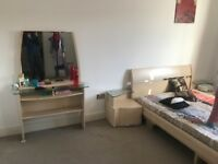 Bed matress, 2 side tables and dressing table for 40