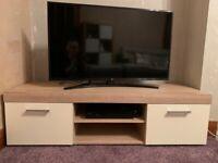 TV Bench light oak and off white