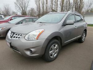 2011 Nissan Rogue S AWD, CP Clean! Trade-In! Heated!