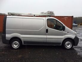 Vauxhall Vivaro in silver with tailgate! £2100 low miles.