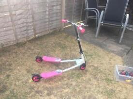 Mini speeder scooter - £10