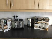 Brand new 4 slice Toaster & Kettle in boxes