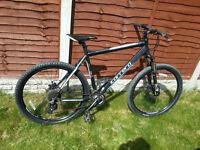 "Carrera Vengeance Mountain Bike 20"" frame, 27.5"" Tyres"