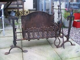 Handmade Iron Fire Basket with Fire Dogs