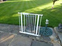 lindam BABY GATE GOOD CONDITION ALL WORKS OK ! .........ONLY £5