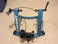Giant Cyclotron Mag II bike trainer - AS NEW PICKUP IN EXETER IF NEEDED