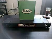 T-Rex Fuel Tank Chameleon + T-Rex Pedalboard