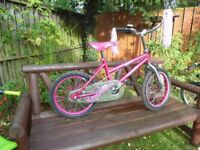 Girls Purple Stars Bike to suit 6 to 8 years would make a nice christmas present.