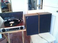 sterio radio record player with speakers