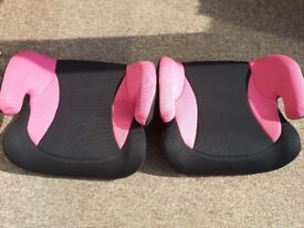 2 pink car booster seats. Size 2-3
