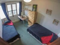twin bedroom in Mile end ! available ASAP