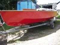 wooden wayfarer sailing dinghy