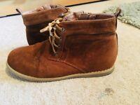 Desert boots size 2