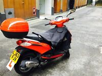 !!Piaggio Fly 125 - Very low mileage and well-cared for scooter!!