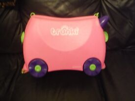 Trunki pull along kids suitcase