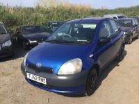 TOYOTA YARIS 52 REG IN METALLIC BLUE NICE DRIVING CHEAP TO RUN CAR IDEAL FIRST VEHICLE ANYTRIAL WELC