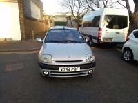 Renault Clio 1.6auto 2000 mot Dec 2017 leather interior very clean and reliable cd FM stereo