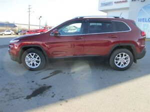 2015 Jeep Cherokee NORTH LATITUDE  4x4  3.2L V6  9 SPEED AUTO