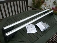 Aero roof bars for Jimny or cars with 120cm space roof bars fully lockable as new