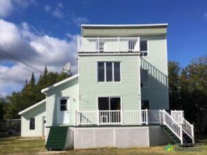 114 900$ - Maison 3 étages à vendre à Pointe-Lebel