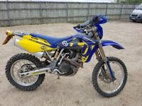 Husqvarna TE 450 Road legal motor cross bike Low milage Great bike