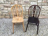 2 x IMMACULATE ANTIQUE VINTAGE SOLID PINE WOOD BOW BACK CHAIRS - SHABBY CHIC