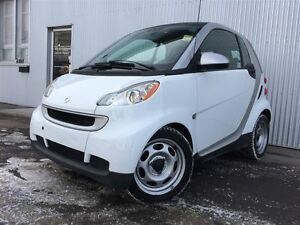 2012 smart fortwo Pure, LEATHER SEATS, BLUETOOTH.
