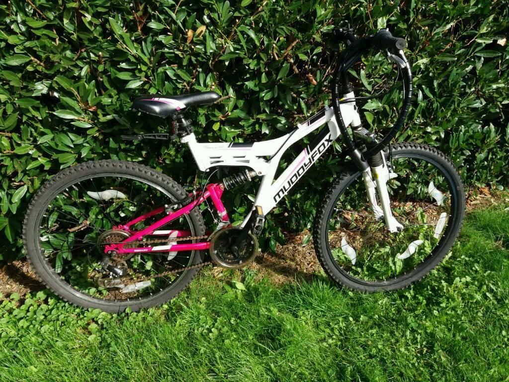 Muddyfox recoil26 ladies bike with lock, keys and pump, repair kit
