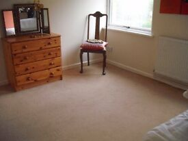 Great Double Room for Couple in Wheatley OX33 1UQ avail 4/3/17 inc bills