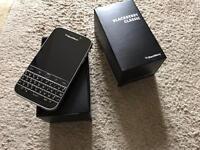 Blackberry classic Q30 (unlocked)