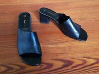 Ladies black low heeled mules size 5 (38)