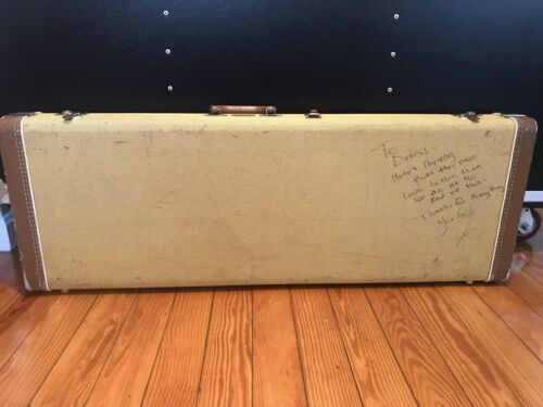 JOE BONAMASSA - Vintage guitar case - autographed