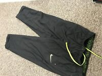 Nike training trousers for men