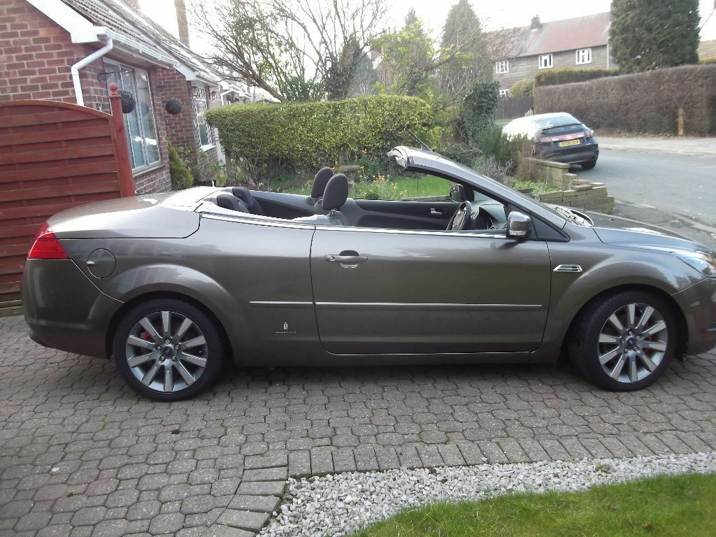 ford focus cc2 convertible in hull east yorkshire gumtree. Black Bedroom Furniture Sets. Home Design Ideas
