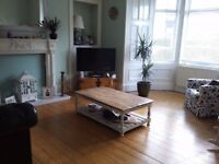 DOUBLE BEDROOM TO LET IN A LEITH