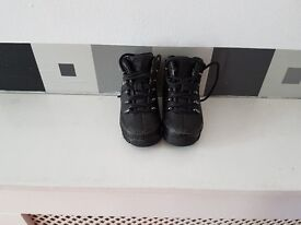 Infant Timberland boots size 4.5