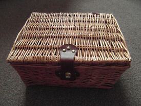 Wicker Basket Hamper L35.5 x D28 x H18 cm