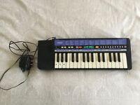 Yamaha PSS-9 Keyboard