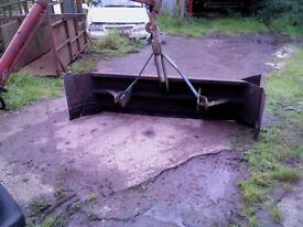 tractor yard scraper, great condition rubber as new