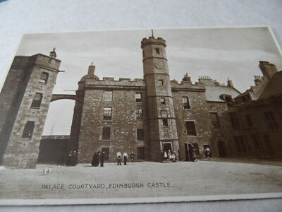 Edinburgh Castle  Palace Courtyard  PHOTOBROWN  VINTAGE POSTCARD  GOOD CONDITION