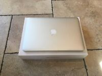 Macbook pro Retina 13'' 2015 2.7Ghz i5 8GB RAM 128GB Storage